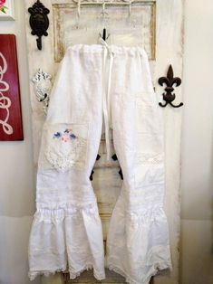Made Clothing, Clothing Items, Ruffle Bloomers, Ruffle Pants, Gypsy Pants, Trends, Unisex, Handmade Clothes, Boho Outfits