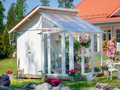 summer house- Gartenhaus Garden house with mini greenhouse: The complete base area is only x m, divided in half each in tool shed and glass house. A double profit for every small garden (Plus AS, approx. Greenhouse Shed Combo, Backyard Greenhouse, Mini Greenhouse, Backyard Sheds, Backyard Landscaping, Window Greenhouse, Landscaping Ideas, Garden Beds, Home And Garden
