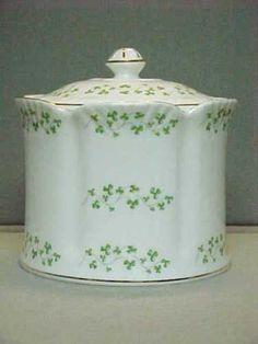 Vintage-ROYAL-TARA-Fine-Bone-China-BISCUIT-BARREL-with-LID-Shamrock-Scalloped