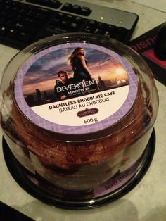 THEY MAKE DAUNTLESS CAKE... I wonder if that's actually real or if someone just bought a cake and printed off of the label