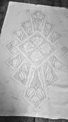 Bobbin Lace Patterns, Doily Patterns, Embroidery Stitches, Hand Embroidery, Embroidery Designs, Crochet Flower Tutorial, Crochet Flowers, Romanian Lace, Beautiful Rangoli Designs
