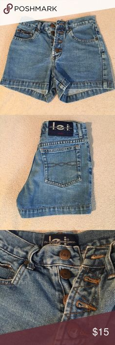 high waisted denim shorts size 00, no flaws, ships today 💕 Urban Outfitters Shorts Jean Shorts