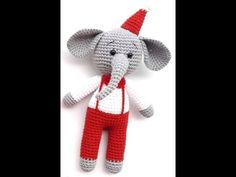 Amigurumi Noel Erkek Fil Yapımı İlk Bölüm - YouTube Dinosaur Stuffed Animal, Teddy Bear, Kitty, Make It Yourself, Hobby, Quilts, Christmas Ornaments, Holiday Decor, Animals