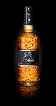 Alberta Premium Whisky - Strano and Pettigrew Design Associates Cigars And Whiskey, Scotch Whiskey, Bourbon Whiskey, Whiskey Bottle, Glass Packaging, Beverage Packaging, Tequila, Alcohol Bottles, Wine And Spirits
