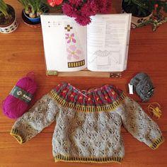 MINI SOLJA - working on some little people sizes... #soljasweater #knit #handknit