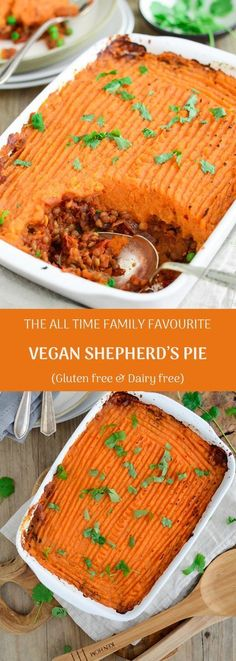all time family favourite vegan shepherd's pie (gluten & dairy free) QueenOfEft Vegan shepherds super easy to make and so delicious!QueenOfEft Vegan shepherds super easy to make and so delicious! Vegan Foods, Vegan Dishes, Vegan Vegetarian, Vegan Desserts, Go Vegan, Vegan Christmas Desserts, Vegetarian Christmas Dinner, Vegan Week, Vegan Christmas Dinner