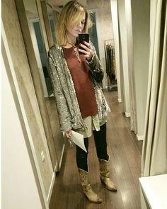 Party look by @coolsuite. #Cowboyboots & #sparklejacket #sendra #sendraboots #highquality #handmadeboots #madeinspain #loveboots #fashionboots #fashion #design #trend #look #streetstyle #style #outfit #ootd #outfitoftheday #tgif