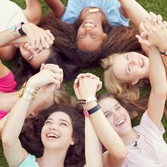 Spring checklist: Snap't accessories ✔ friends ✔ sunshine ✔
