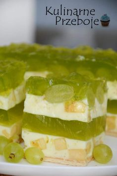 Ciasto Bananowa randka – bez pieczenia My Favorite Food, Favorite Recipes, Different Cakes, Polish Recipes, Polish Food, Sweets Cake, Homemade Cakes, Bakery, Food And Drink