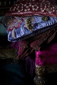 magenta and purple velvet Bohemian Gypsy, Gypsy Style, Bohemian Style, Boho Chic, French Bohemian, Inchies, Deco Boheme, Sprinter Van, Home And Deco