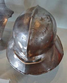 ca. 1450-1460 - 'kettle hat/sallet', maybe Franconian, Kaiserburg, Nürnberg, Bayern, Germany