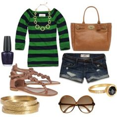 Love the green (and the bag and the glasses and the shorts and the...whole thing. Well done)