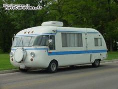 du fabricant américain Corvair, le camping-car intégral Ultravan