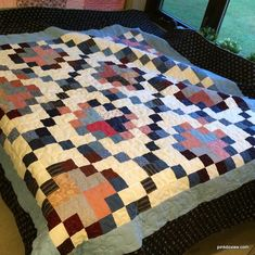 quilted, but needs binding for donation in Kidron. Scrappy Quilts, Quilting, Instagram Widget, Patch Quilt, Design Your Own, Charity, Comforters, Free Pattern, Sewing Projects