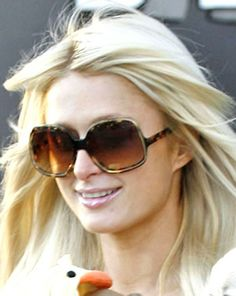 Paris Hilton in Oliver Peoples Talya Sunglasses