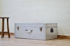 A15846アンティークジュラルミントランク Antique trunk ¥23500円 〆03月24日