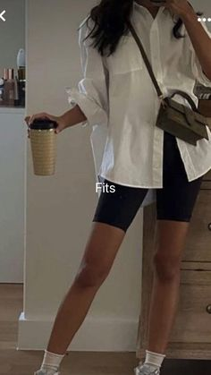 Cute Casual Outfits, New Outfits, Summer Outfits, Fashion Outfits, Types Of Fashion Styles, Aesthetic Clothes, Teen Fashion, Adidas, Aesthetics
