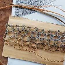 Learning traditional aboriginal string bag making techniques today with Anna and Ruth Maille Viking, Brows On Fleek, String Bag, Weaving Art, Winged Eyeliner, Textiles, Traditional Art, Basket Weaving, Bag Making