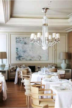 Located in the Hermitage Hotel in Monte-Carlo, Le Vistamar Restaurant is known for its seafood dishes and fine wine selection by the glass.