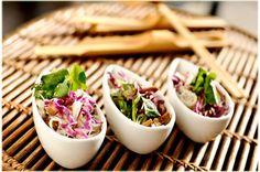 Receita da salada Lotus do Marakuthai, uma delícia e uma das mais pedidas do restaurante.