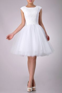 Lace Natural Bateau Sleeveless Straps Short Wedding Dress_w20214