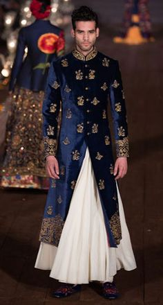 Blue Velvet and gold bandhgala sherwani with a white flare lower for the Indian Groom Mens Sherwani, Wedding Sherwani, Blue Sherwani, Sherwani Groom, Indian Groom Wear, Indian Wear, Indian Male, Indian Dresses, Indian Outfits