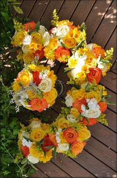 8 Perfect Color Combinations for Your Wedding - Orange, White and Goldenrod