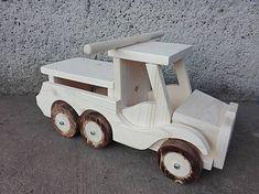 LadislavKurnota / veľké auto na sedenie Ronaldo, Wooden Toys, Car, Wooden Toy Plans, Wood Toys, Automobile, Woodworking Toys, Autos, Cars