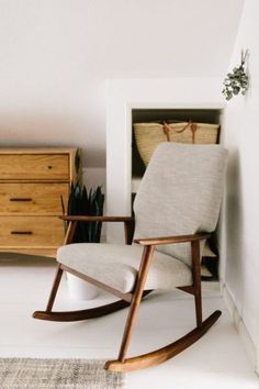 Deco Inspiration & SOS: Rocking Chair | Rocking chairs, Interiors ...