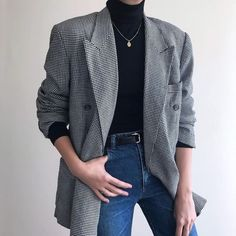 Casual Fall Outfits That Will Make You Look Cool Queer Fashion, Androgynous Fashion, Korean Fashion, Fashion Fashion, Fashion Ideas, Androgynous Girls, Androgyny, Fashion Styles, Winter Fashion