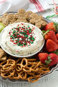 christmas snacks This Christmas Cookie Dough Dip has a creamy and fluffy eggless sugar cookie base swirled with holiday sprinkles for a fun and festive holiday treat. Christmas Eve Dinner, Christmas Party Food, Xmas Food, Christmas Appetizers, Christmas Sweets, Christmas Cooking, Holiday Baking, Christmas Desserts, Holiday Treats