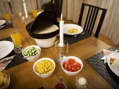 We made The Taco Server because we like our taco meat and our tortillas/shells hot. Most people are suffering from cold tacos & tortillas after the first serving. The Taco Server keeps the taco ingredients hot throughout the whole meal, making it easy to serve, looks great on the table and gives the whole taco experience a boost. Tortilla Shells, Taco Ingredients, Tortillas, Tacos, Cold, Meals, People, Products, Mince Pies