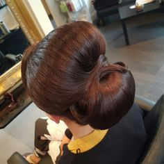 Elegant chignon on brown hair, gorgeous classic bridal upstyle Brown Hair, Stylists, Colours, Bridal, Elegant, Hair Styles, Classic, Brown Scene Hair, Classy