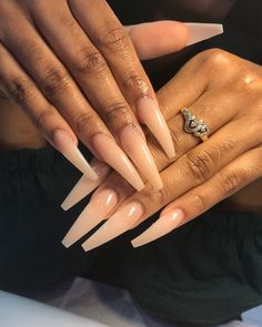 Trending Ballerina nails designs - All For Hair Color Trending Perfect Nails, Gorgeous Nails, Pretty Nails, Acrylic Nails Natural, Best Acrylic Nails, Clear Acrylic, Ballerina Nails Designs, Ballerina Acrylic Nails, Ballerina Nails Shape