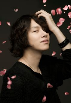 110718 Heechul - M's Interview for 10asia cr. 葵之语