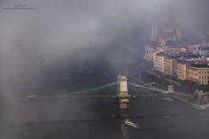 Fenômeno raro: fotógrafo passa 4 anos registrando Budapeste coberta pela névoa | Virgula