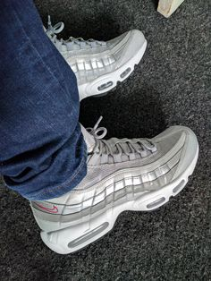 Nike Air Max 95 x Triple White https:///ZRlNZd2NbZSTt