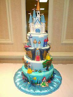 Fiesta Hermosa: Las 30 tortas más bellas de las Princesas de Disney