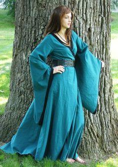 Medieval Linen Dress .