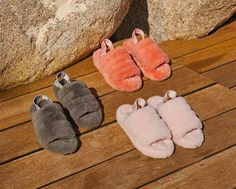 This cozy cross between slipper and sandal will keep your feet warm and snug. Ugg Sandals, Slipper Sandals, Slipper Boots, Cute Shoes, Me Too Shoes, Fluffy Sandals, New Shoes, Shoes Heels, Fluffy Slides