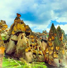 Paşabağ Valley in Kapadokya has the incredible mushroom-looking fairy chimneys, making it perhaps the best place to see the unique rock formations and how they developed!