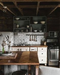 This kitchen... . If you haven't stayed at @hillandfarm (sister to @hillandcabin) out in Cookeville, TN yet, do it!! [airbnb listing in their bio!!] I just want to hole up here for a week with sweet friends and make fruit pies and fancy French toast on that island. That is all I want. ✨ . P.S. Thank you so so much to everyone who popped in on the live video me and @bonniekatez did last night! You all were so kind and encouraging and we LOVED your questions! We're definitely gonna do mo...