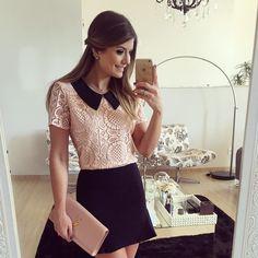 """""""{Sunday} De @dressingupp hoje!! Blusa de renda com golinha mais lindaaa (Disponível online na loja www.dressingup.com.br) • #lookdanoite…"""""""