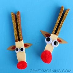 Peg reindeer crafts for kids to make at Christmas time.