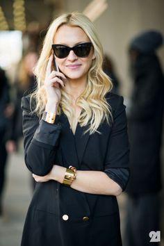Zanna Roberts Rassi // cat-eye sunglasses, tuxedo jacket & chunky gold bracelets #style #fashion #streetstyle