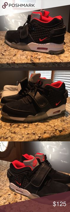 "Nike air trainer Cruz ""in memory of mike"" Condition 10/10 only tried on. No box though I lost it when moving out , extremely rare shoes Nike Shoes Sneakers"