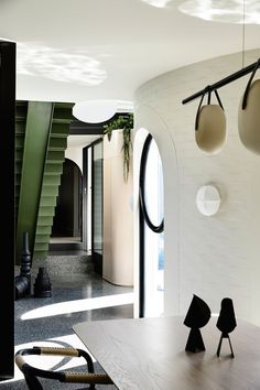 Dulux Colour Awards 2019 Residential Interior winner - Caroline House designed by architects Kennedy Nolan Australian Architecture, Residential Architecture, Interior Architecture, Melbourne Architecture, Australian Homes, Terrazzo, Kennedy Nolan, Weatherboard House, Extension Designs