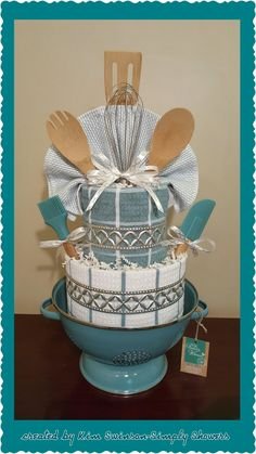 17 Themes For You To Make The BEST DIY Gift Baskets - April 2019 - Ducks 'n a Row Give your friends a wonderful gift specially made by you. Make them a gift basket. Here are 17 themes that make into great DIY gift baskets! Themed Gift Baskets, Diy Gift Baskets, Raffle Baskets, Basket Gift, Wedding Gift Baskets, Theme Baskets, Gift Basket Themes, Easy Gifts, Creative Gifts