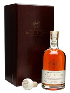 Midleton 1973 / 30 Year Old : Buy Online - The Whisky Exchange - Midleton 1973 / 30 Year Old Blended Irish Whiskey