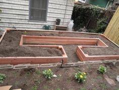 Easy Access Raised Garden Bed10
